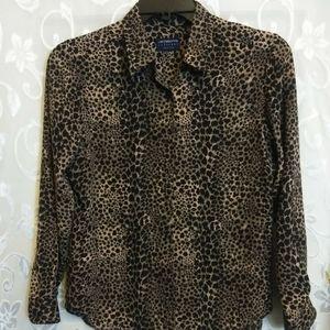 Liz Claiborne P medium cheetah print top